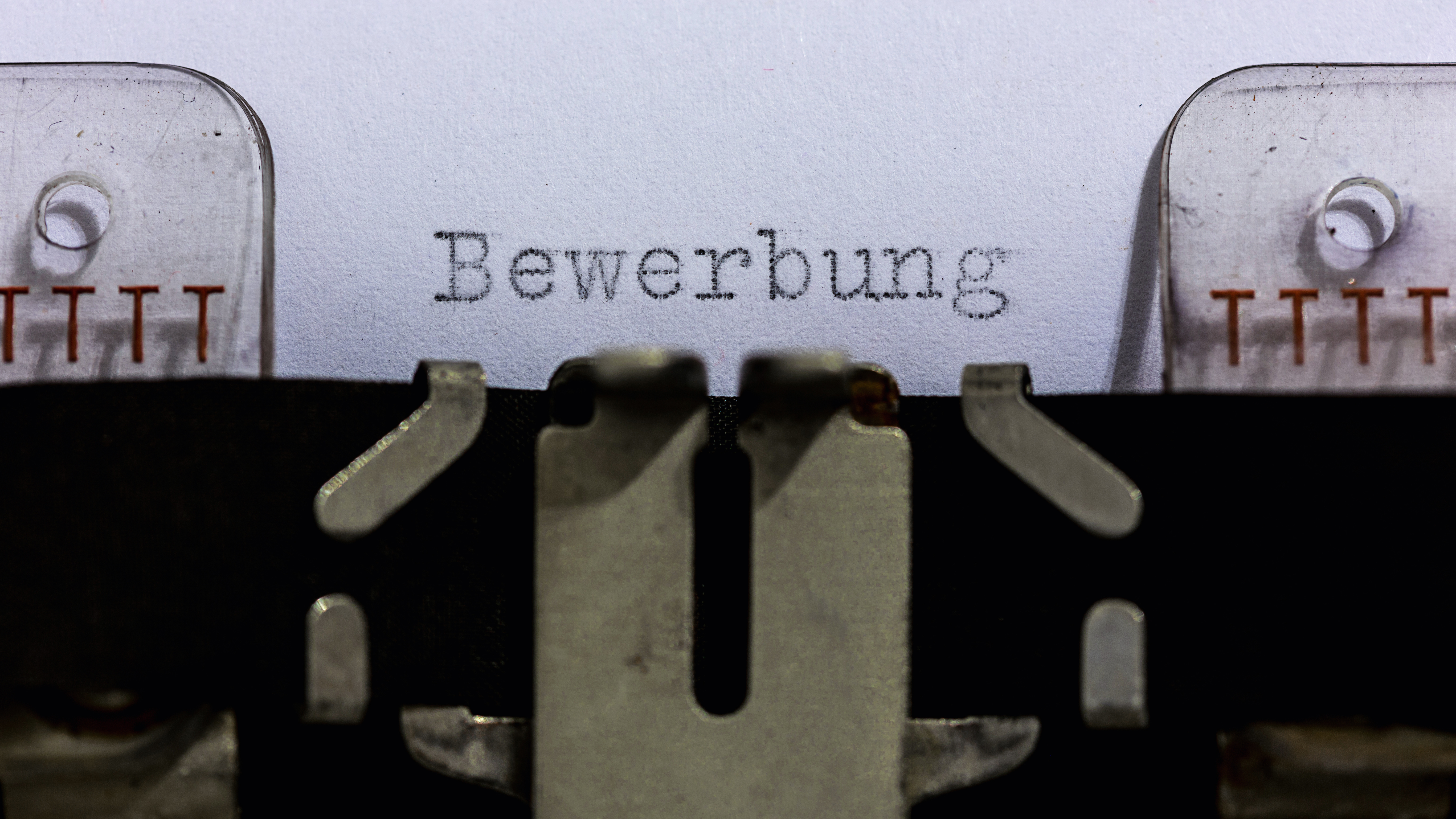 Per Post, E-Mail oder doch persönlich? 5 Bewerbungsarten von heute ...
