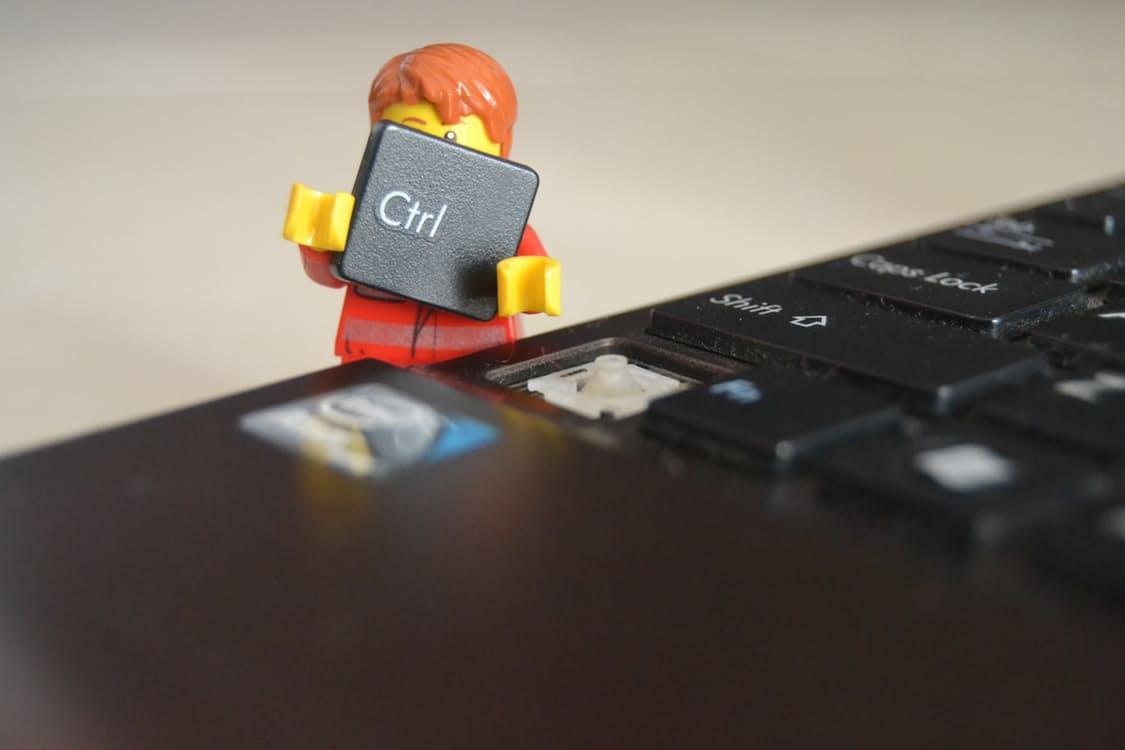 LEGO holding ctrl key