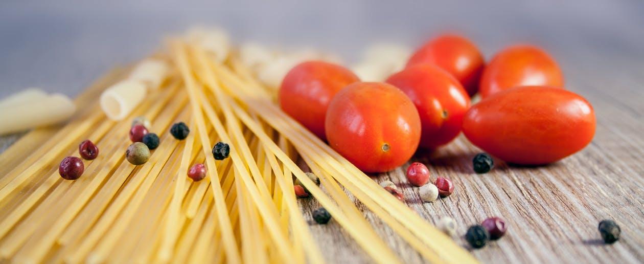 pasta+tomato+cooking