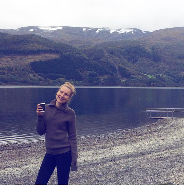Glad tjej i Bergen, Norge